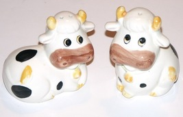 Set of 2 Holstein Cow Salt and Pepper Shakers Painted Ceramic - $12.00