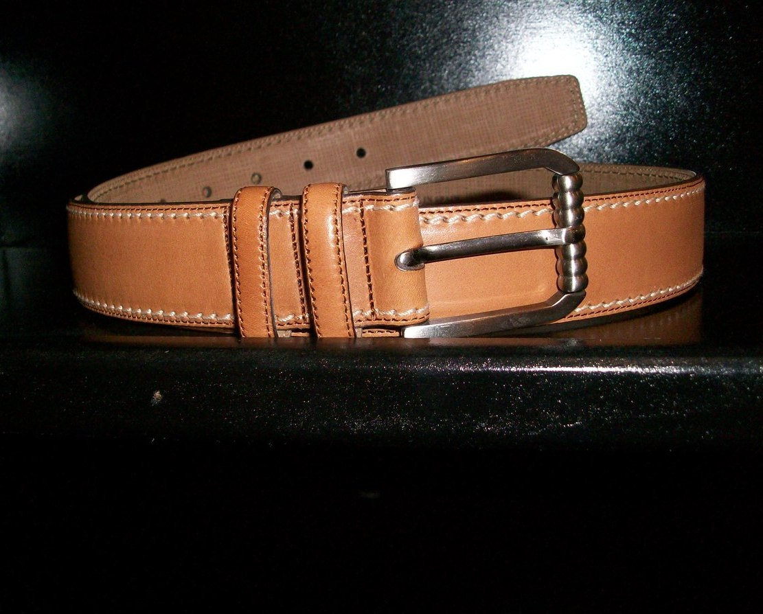 32 Tommy bahama Genuine Black leather Belt New with tags