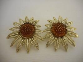Vintage 1960s Sarah Coventry Starburst Sunflower Earrings Goldtone Clip on - $14.84