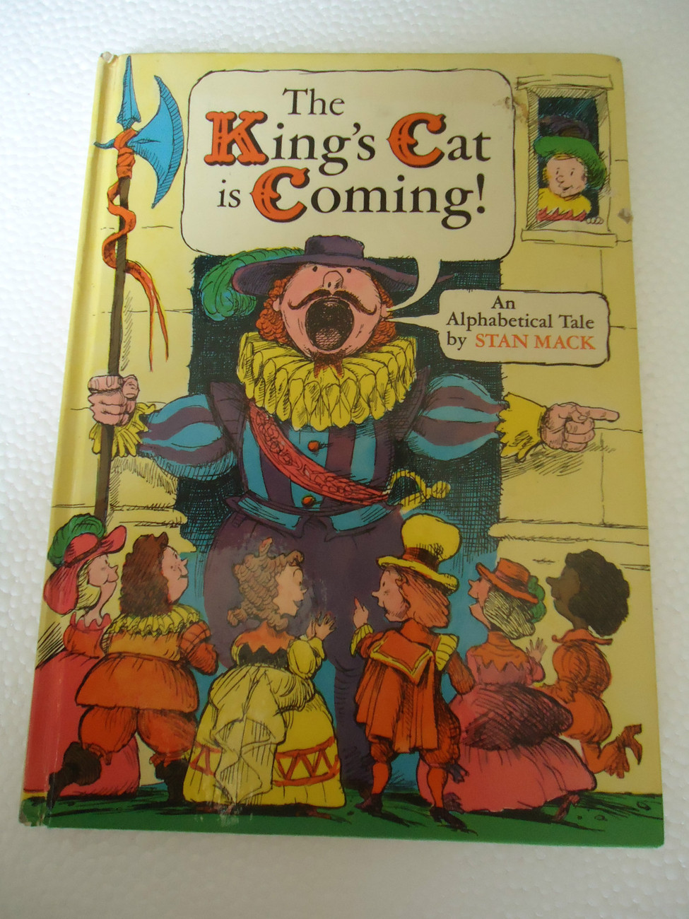 Primary image for The King's Cat Is Coming (An Alphabetical Tale) By Stan Mack 1976 Pantheon Books
