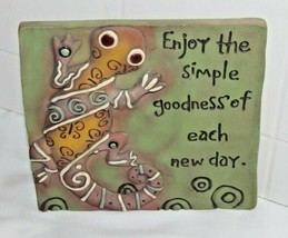 "GEKKO ""ENJOY the Simple"" RESIN WALL PLAQUE DECOR TILE LIKE DECORATIVE AR... - $13.10"