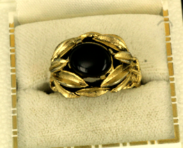 Vintage 1950s Jet Black Glass Cab  Organic Leaf Setting Goldtone Ring Co... - $44.99