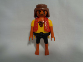 Playmobil Replacement Dark Complexion Pirate Figure Red Vest - $2.55