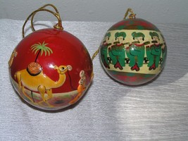 Estate Lot of 2 Painted Wood India Camels Flute Players Christmas Bulb Tree - $6.79