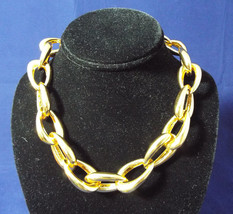 Signed Vince Camuto Adjustable Heavy 17 Inch Gold Tone Necklace Toggle Closure - $89.99