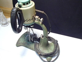 Antique 1933 Manning-Bowman Art Deco Kitchen Mixer ULTRA-RARE ~ Display -  - $125.00