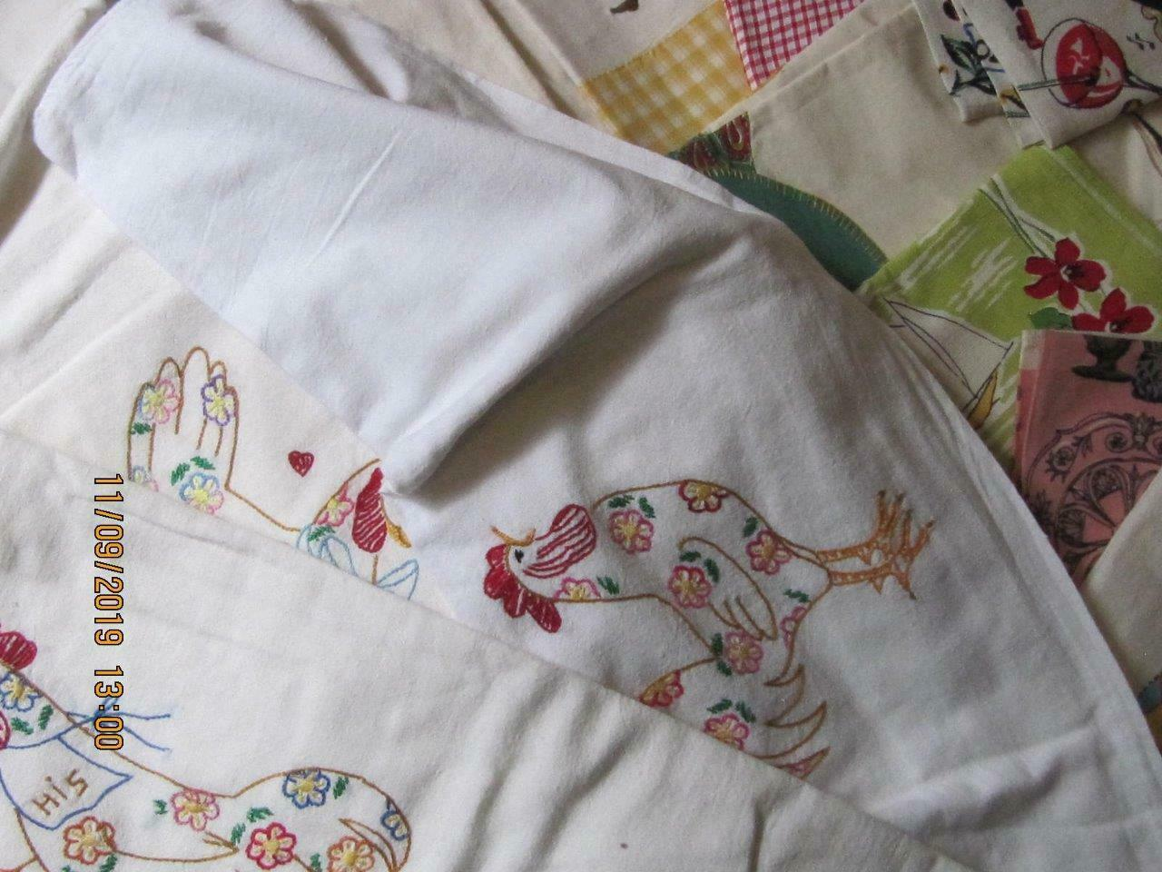 Lot of 25 Vintage teatowels dish towels assorted sizes colors condition fabrics image 2