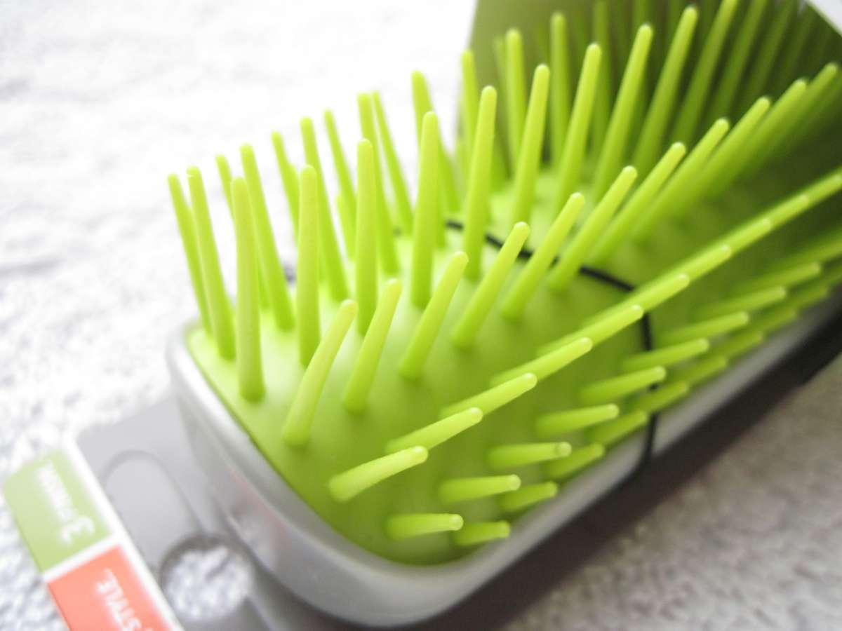 Goody Volumize & Straighten Tourmaline Infused Helps Minimize Static Hair Brush