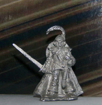 Vintage Dungeons & Dragons Rare Metal Miniature D&D Ral Partha Hero w Cape Blade - $17.99
