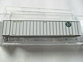 Micro-Trains # 46800172 Burlington Northern Santa Fe 48' Rib Side Container (N) image 1