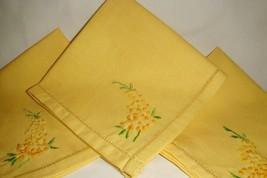 3 Luncheon Napkins Yellow Vintage Handmade Embroidered invk77 - $6.79