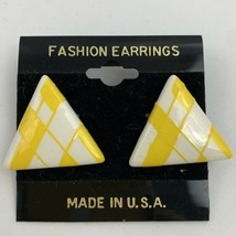 Vintage Yellow White Plaid Triangle Pierced Earrings NOS 80s 90s New Wave - $11.10