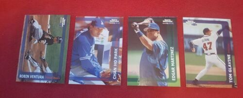 1999 SPORTS ILLUSTRATED FLEER BASEBALL CARDS Lot Of 14 Cards