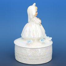 """Vintage Japanese White Pearl Lusterware Bride Trinket Box Figurine 4 3/4"""" Tall image 4"""