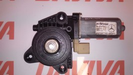 MERCEDES-BENZ W203 2000-2007 REAR LEFT PASSENGER SIDE WINDOW MOTOR A2037... - $17.77