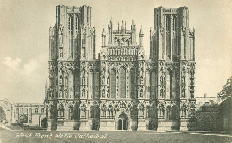 United Kingdom, West Front, Wells Cathedral early 1900s unused Postcard