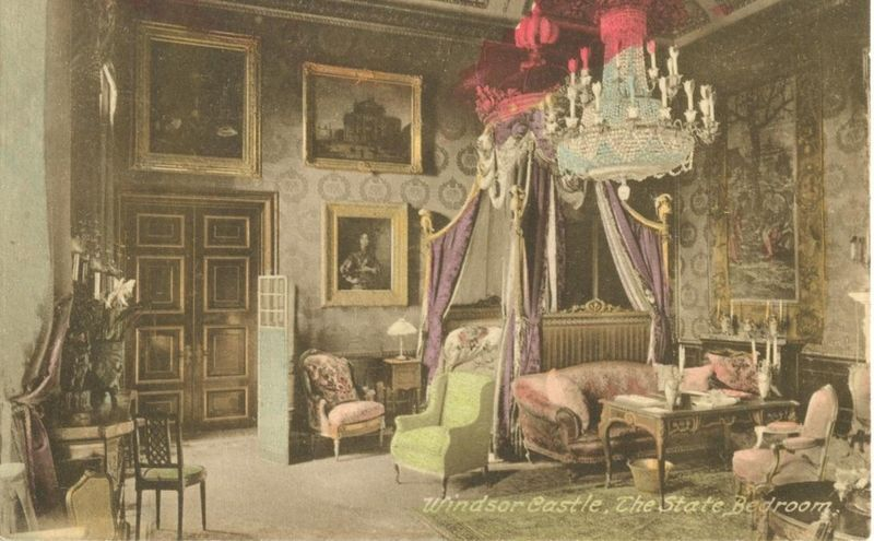 United Kingdom Windsor Castle, The State Bedroom, early 1900s unused Postcard