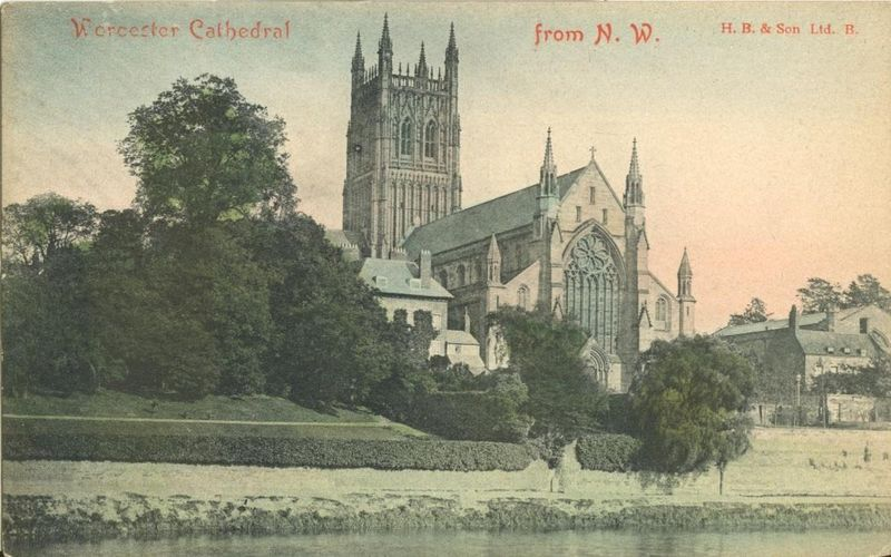 United Kingdom, Worcester Cathedral from N.W. early 1900s unused Postcard