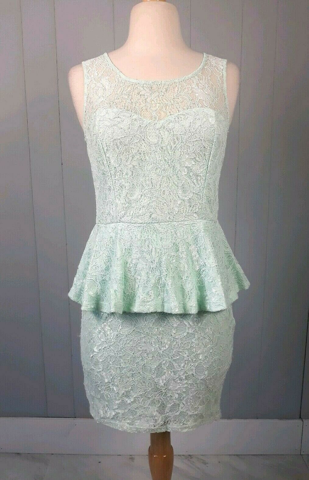 Forever 21 Seafoam Green Lace Peplum Dress Size Medium