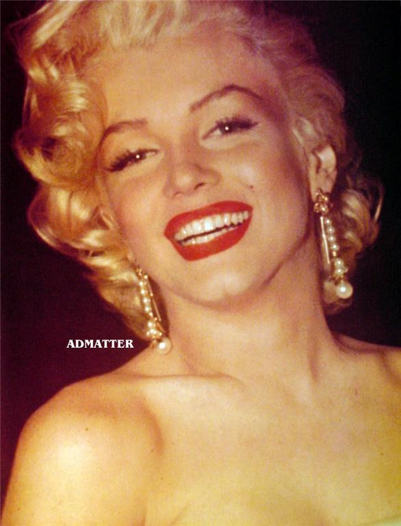 Marilyn Monroe Vintage Pin-up Poster Print Sexy Smile!