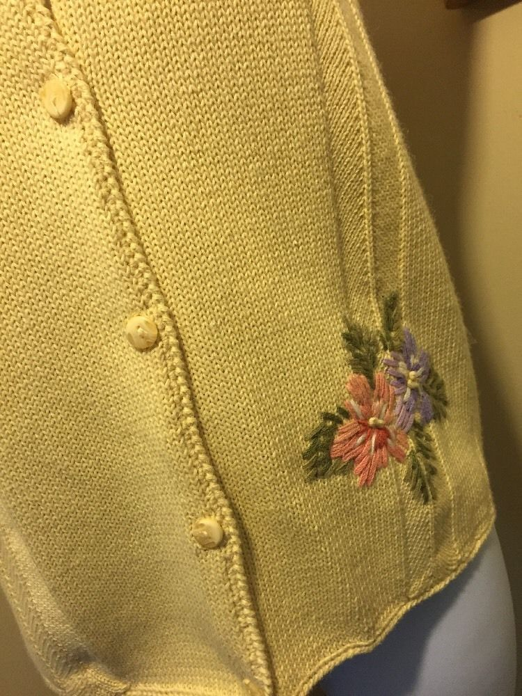 Napa Studio Yellow Cotton Blend Embroidered Sweater Vest Size S New With Tags image 8
