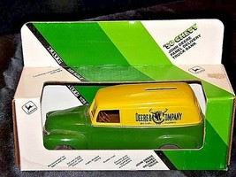 John Deere Coin Bank 1950 Chevy Panel Delivery Truck Bank U.S.A. AA18-JD0012