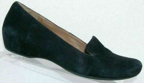 Primary image for Clarks Artisan black suede round toe slip on loafer hidden mid wedge flats 9M