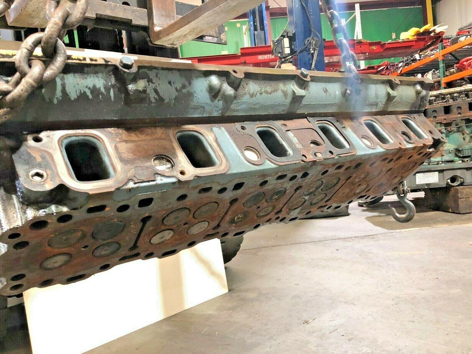 Detroit Series 60 14.0 Liter Diesel Engine Cylinder Head As Is OEM image 3