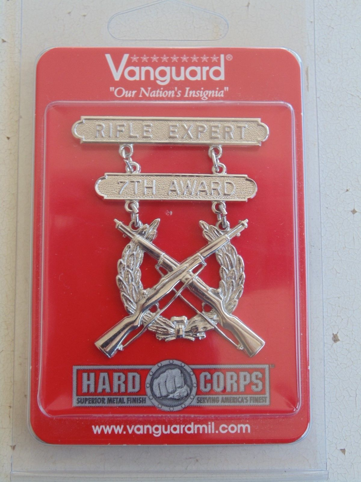 Primary image for USMC US MARINE CORPS ALL RANKS RIFLE EXPERT SILVER BREAST BADGE 7TH AWARD NIP