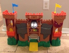 Fisher Price Imaginext EAGLE TALON CASTLE - W9635, No Accessories, WORKS! - $39.90