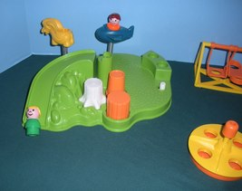Vintage Fisher Price Little People #2525 Playground Accessory Set COMP/NR MT-MT! image 3