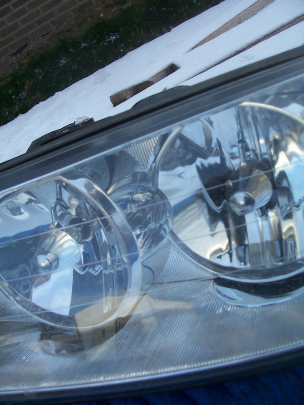 2005 Towncar Left Headlight Oem Broken and 34 similar items