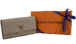 Nib Louis Vuitton Capucines Small Leather Wallet, Galet - $1,889.50