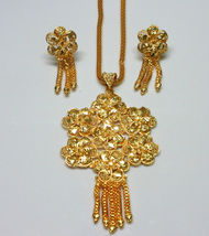 Indian Traditional Gold Plated Flower Style Pendant Chain Earrings Jewelry Sets image 3
