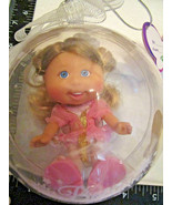 Cabbage Patch Lil Sprouts DOLL ORNAMENT Iris Yasmin, 3/7, Blonde Hair - $24.95