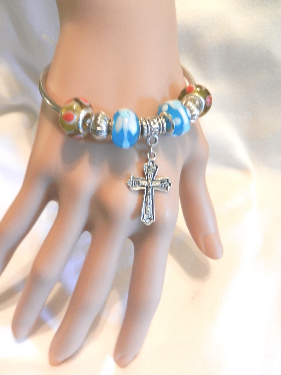 Primary image for New Unique European Beads Bangle Dangle Cross Crucifix Charm Bracelet