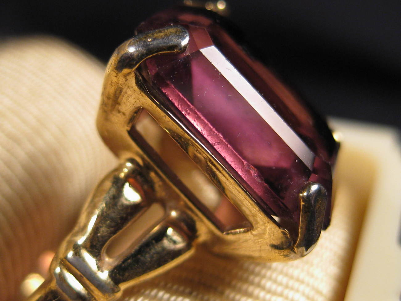 Primary image for Ring - Vintage Goldtone Amethyst