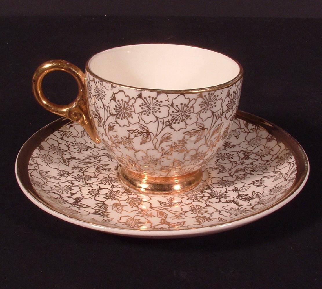 Karol china tea cup   plate 01