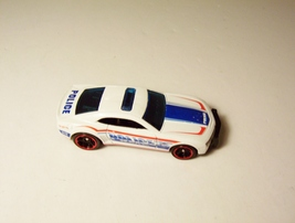 Hot Wheels '10 Camaro SS Police Car Team Top Rides White 2012 - $5.99