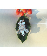 Holly leaf pendant, Christmas jewelry, fine silver necklace, precious me... - $100.00