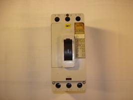 Siemens 3 Pole Circuit Breaker 3VF1231-1DG21-0A00 - $42.00