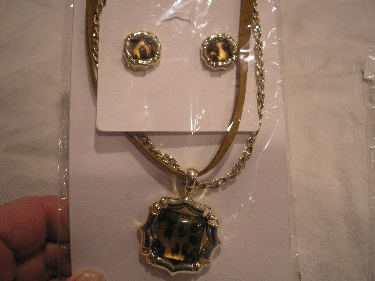 Wholesale LOT Of 3 NEW African style Necklace and Earrings NEW