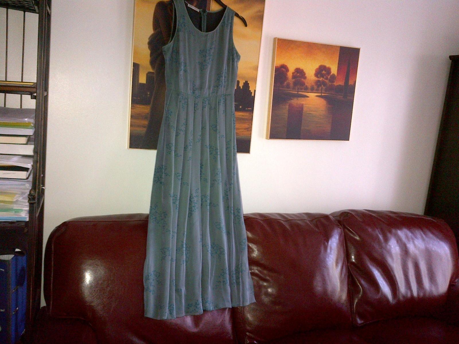 Armani silk green long dress pleated skirt  lined in silk IT 40, UK 6-8 image 2