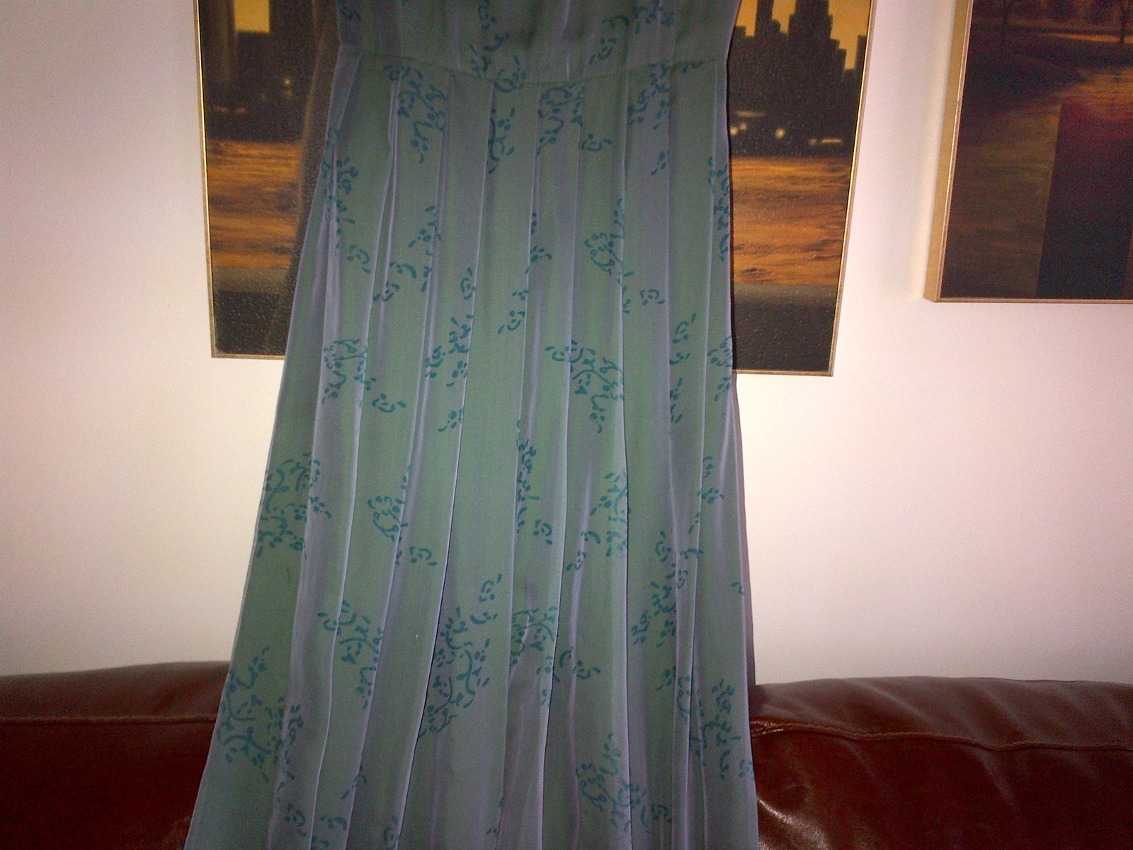 Armani silk green long dress pleated skirt  lined in silk IT 40, UK 6-8 image 5