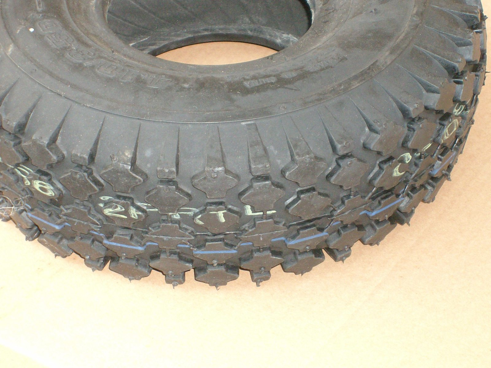 Snapper and Craftsman lawn mower front tire 410x3.50-4