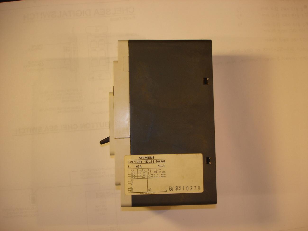 Siemens 3 Pole Circuit Breaker 3VF1231-1DL21-0AA0