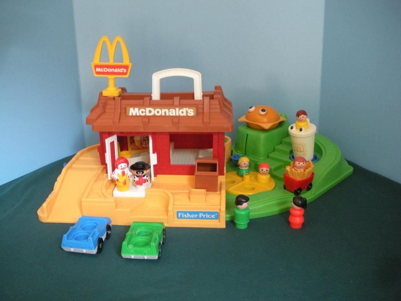 Vintage fisher price little people 2552 mcdonalds play for Playskool kitchen set