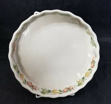 """Wedgewood Quince China Quiche Plate Dish 8-5/8"""" Oven to Table England Fruit - $24.18"""