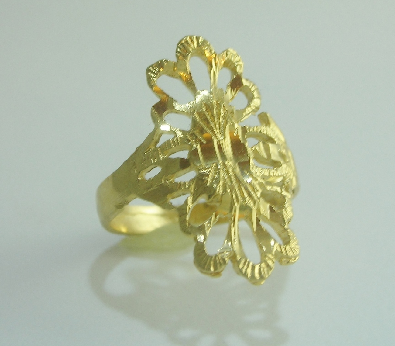 Cattail spanish lace gold ring  2