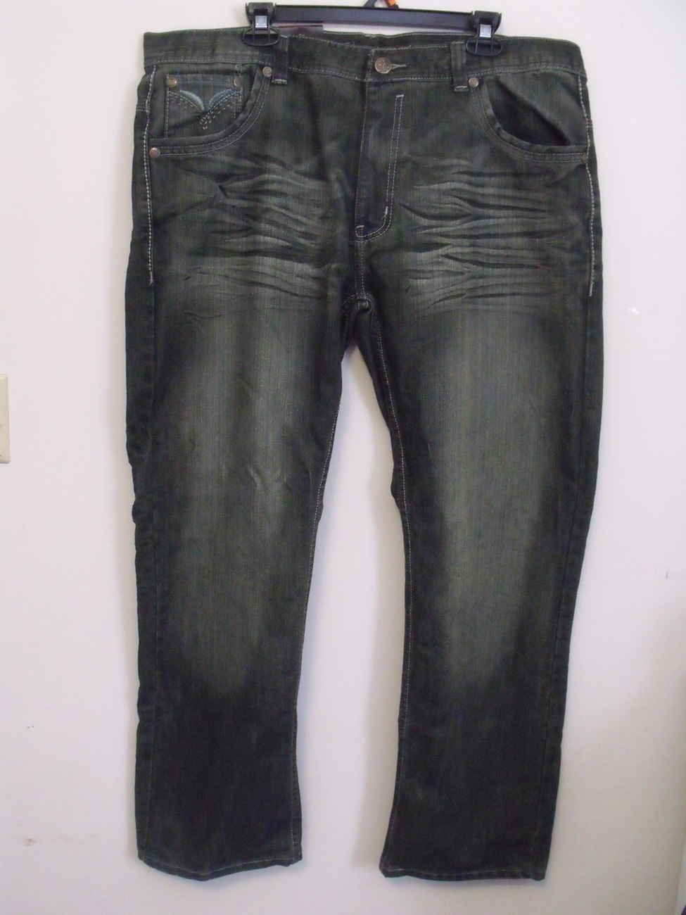 mens jinzu nwt dirty wash jeans size 42 x 32 jeans. Black Bedroom Furniture Sets. Home Design Ideas